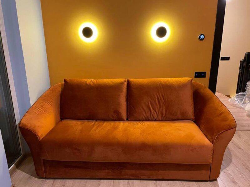 canapea din italia